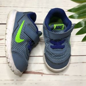 {Nike} toddler size 6c blue and green sneakers